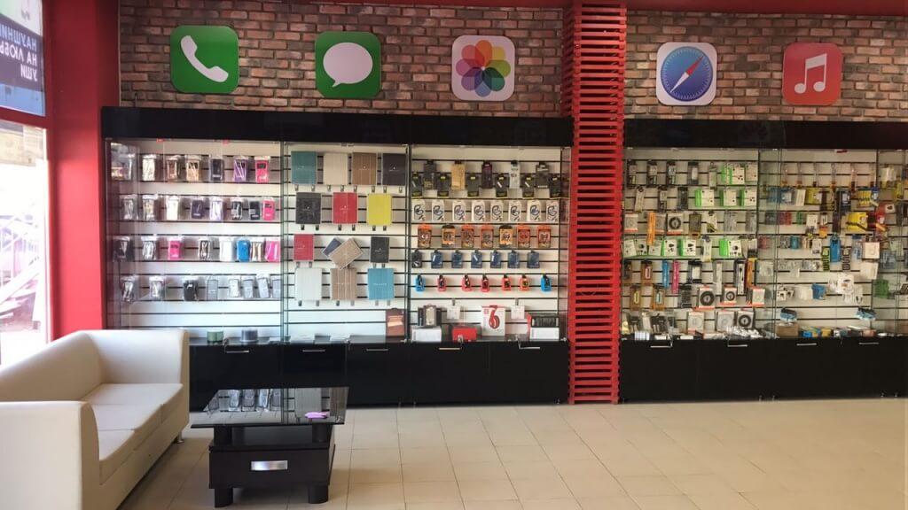 c60dd09285c4 Subtotal в магазине мобильных телефонов и аксессуаров (MobiShop, г ...